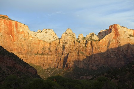 First rays of morning light on the cliffs at Zion National Park in southern Utah. Stock Photo - 7785060
