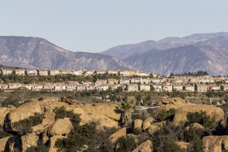 Modern California hillside homes in the Porter Ranch neighborhood of Los Angeles Stock Photo - 17570376