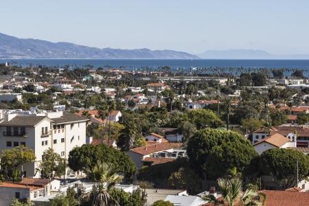 Duidelijke middag weergave van Santa Barbara, Californië Stockfoto