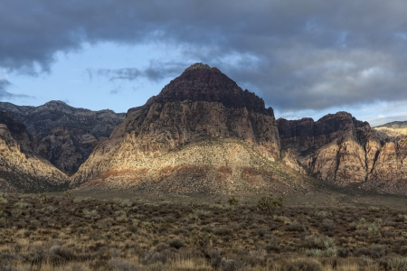 Morning storm clouds at Nevada's Red Rock Canyon National Conservation Area Stock Photo - 22819543