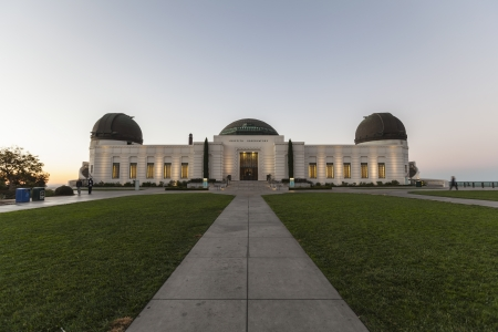 Pre dawn editorial view of LA's famous Griffith Observatory. Stock Photo - 23344275