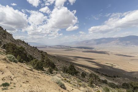 lone pine: Vista del valle Owens cerca de Lone Pine California Foto de archivo