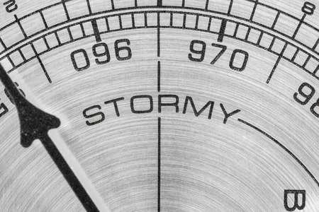 pluviometro: Bar�metro Tormentoso medir macro detalle.