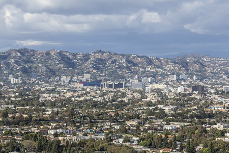 hollywood hills: LOS ANGELES, CALIFORNIA - November 1, 2014:  Gathering storm clouds over West Hollywood and Los Angeles. Editorial