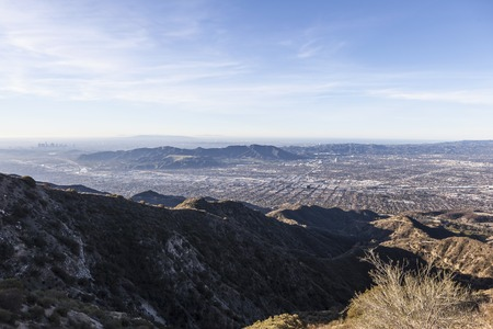 burbank: Morning mountaintop view towards Burbank, Griffith Park and Los Angeles, California