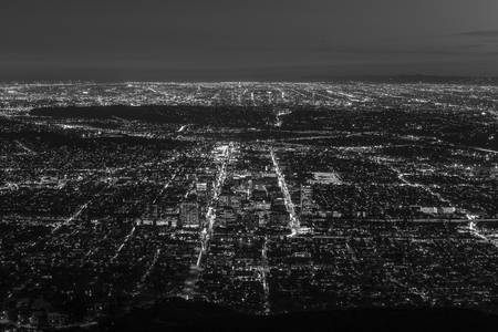 san fernando valley: Glendale and downtown Los Angeles aerial night black and white. Stock Photo