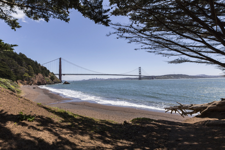 marin: Golden Gate Recreation Area bridge view Marin Headlands beach cove. Stock Photo