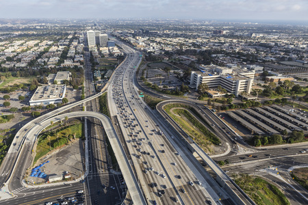 off ramp: Los Angeles, California, USA - August 6, 2016:  Aerial view of Wilshire Blvd ramps to the San Diego 405 Freeway in West Los Angeles. Editorial
