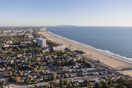 santa monica: Aerial view of Santa Monica and Los Angeles in Southern California.