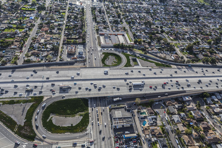 san fernando valley: Los Angeles, California, USA - January 26, 2017:  Aerial view of the Golden State 5 freeway at Osborne Street in the San Fernando Valley.