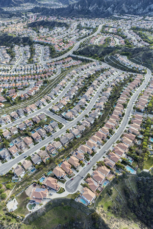 cul de sac: Aerial view of Stevenson Ranch homes and streets in Los Angeles County California.