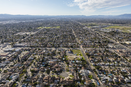 san fernando valley: Aerial view of the Sun Valley community in the San Fernando Valley region of Los Angeles, California.