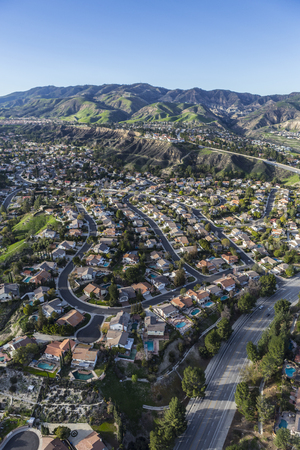 san fernando valley: Aerial view of Porter Ranch homes and streets in the San Fernando Valley area of Los Angeles, California.