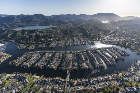 Aerial view of lakeside homes and street in the Thousand Oaks and Westlake Village communities in Southern California. Stock Photo