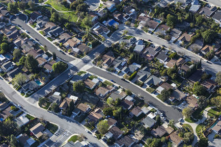 Aerial view of suburban cul-de-sac homes near Los Angeles in Thousand Oaks, California.