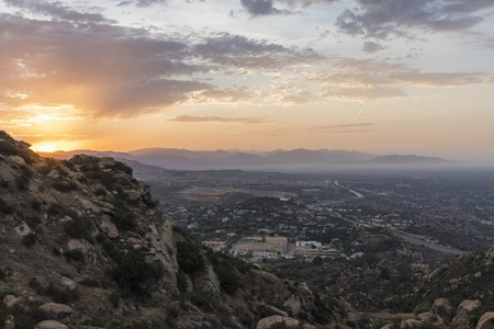 Sunrise view of Porter Ranch in the San Fernando Valley area of Los Angeles, California.  Shot from Rocky Peak Mountain Park. 스톡 콘텐츠