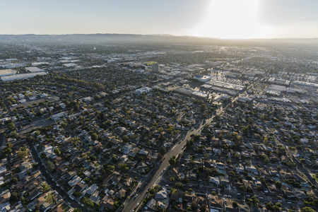 Late afternoon aerial view towards North Hollywood in the San Fernando Valley region of Los Angeles, California. 스톡 콘텐츠