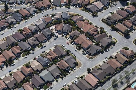 Aerial view of tightly packed middle class homes and streets near Oakland, California. Archivio Fotografico
