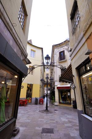 Stunning Negozi Terrazze Contemporary - Modern Home Design ...