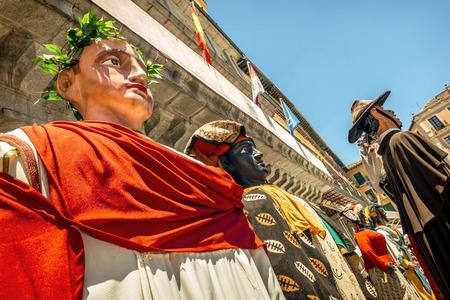 fiestas: Segovia, Spain - June 29, 2014: Giants and big heads (Gigantes y Cabezudos) in Segovia Festival on June 29, 2014 in Segovia, Spain