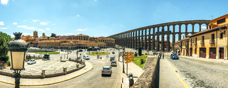 acueducto: Panoramic view of the famous ancient aqueduct in Segovia, Spain Stock Photo