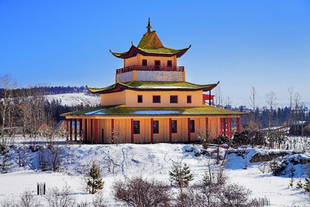 buddhist temple roof: Buddhist temple in the Verhne-Beryozovsky Datsan (buddhist monastery), Buryatia, Russia