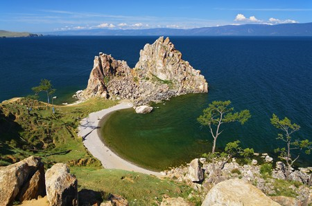 Shamanka-Rock Baikal lake, Rusland  Stockfoto - 6899884