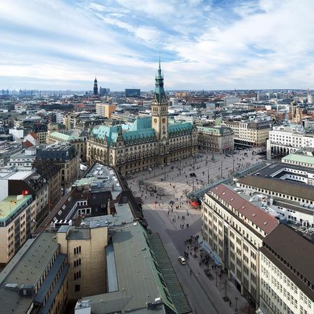 Hambourg, vue de l'hôtel de ville et le panorama de la ville, Allemagne
