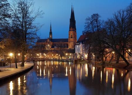 Uppsala Cathedral 's avonds, Zweden Stockfoto - 11964224