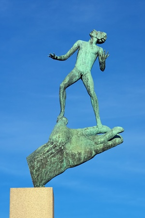 carl: Gods hand - Sculpture of Carl Milles in Eskilstuna, Sweden