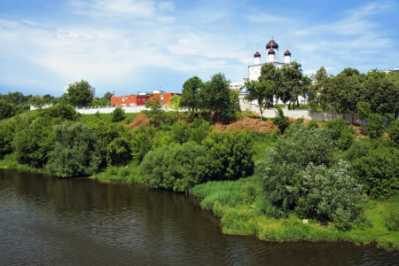 oka: View of the Holy Assumption  Uspensky  Monastery in the city of Orel from the bridge across the Oka River, Russia Stock Photo