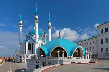 Qolsharif Mosque à Kazan Kremlin en jour d'été, Tatarstan, Russie Banque d'images