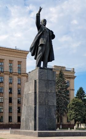 Lenin monument on the Lenin Square of Voronezh, Russia 版權商用圖片