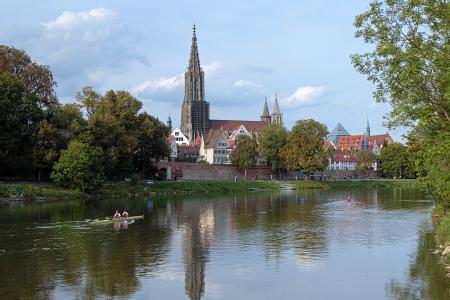 Munster van Ulm en de Donau in Ulm, Duitsland Stockfoto - 18561378