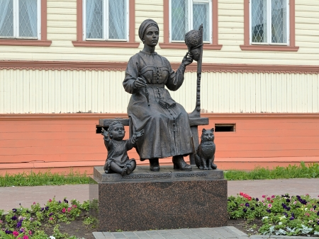 hearth and home: Monument of Russian wives, keepers of hearth and home, in Arkhangelsk, Russia