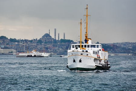 eminonu: Passenger ships in the Gulf of the Golden Horn in Istanbul, Turkey