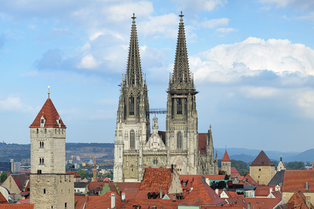 regensburg: Regensburg Cathedral and red tiled roofs of Old Town, Regensburg, Germany Stock Photo