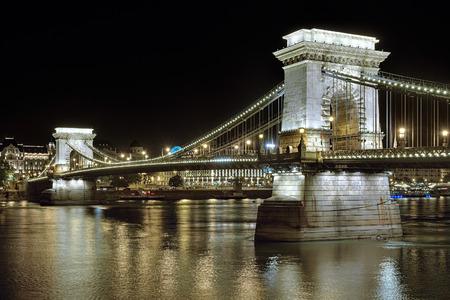 szechenyi: Szechenyi Chain Bridge over Danube in Budapest at night, Hungary Stock Photo