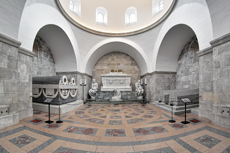 louise: ROSKILDE, DENMARK - DECEMBER 14, 2015: Glucksburger Chapel in Roskilde Cathedral with sarcophagi of the Glucksburg dynasty: Christian 9 and Louise, Frederik 8 and Louise, Christian 10 and Alexandrine. Editorial