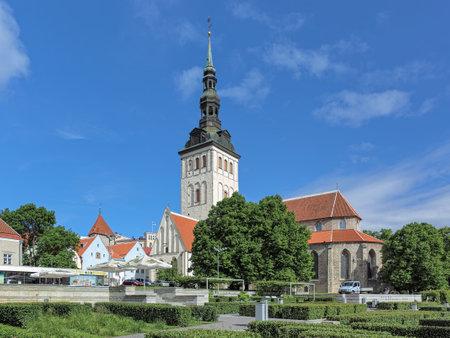 tallin: TALLINN, ESTONIA - JUNE 21, 2017: St. Nicholas Church (Niguliste kirik). The church was founded and built around 1230-1275. Today it houses a branch of the Art Museum of Estonia.