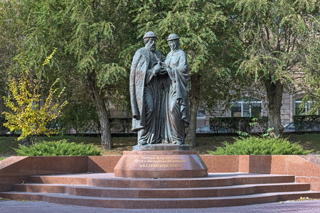 VOLGOGRAD, RUSSIA - OCTOBER 19, 2017: Monument to Sts. Peter and Fevronia of Murom, the patrons of marriage and family. The monument by sculptor Konstantin Chernyavsky was unveiled on July 8, 2012.