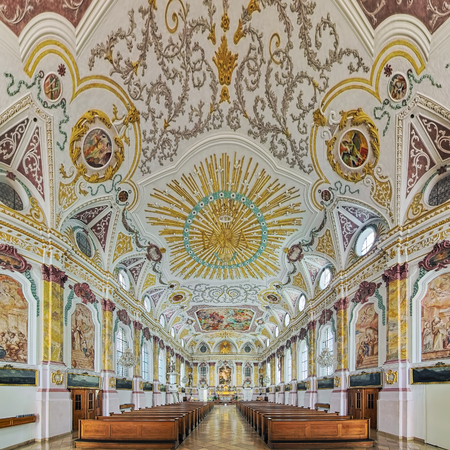 MUNICH, GERMANY - MAY 29, 2017: Interior of Burgersaal Church. The Burgersaal was built in 1709-1710 by Giovanni Antonio Viscardi as a prayer and assembly hall. Since 1778 it is used as a church. Redactioneel