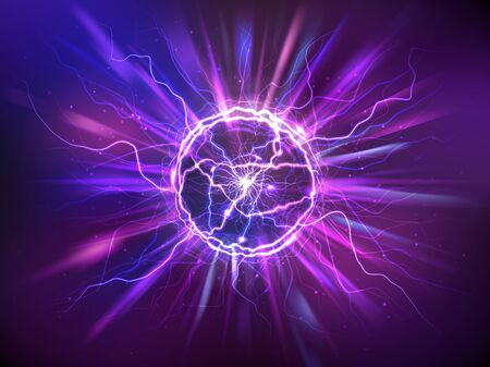 Electric ball or plasma sphere with rays, realistic vector illustration. Abstractt ball lightning with burning flash or powerful electric discharges isolated at night background. Magical energy design Ilustración de vector