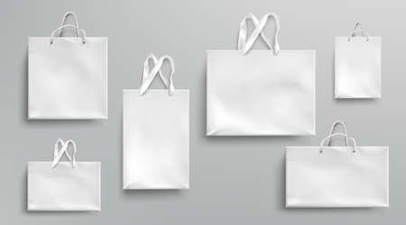 Paper shopping bags mockup, white packages with rope and lace handles, blank rectangular ecological gift packs, isolated mock up for branding and corporate identity design, Realistic 3d vector set Stock Illustratie