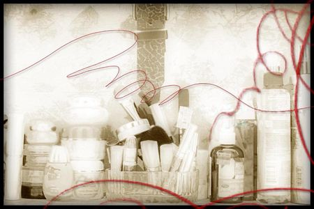 Box for makeup n stuff in black, white n red Banco de Imagens