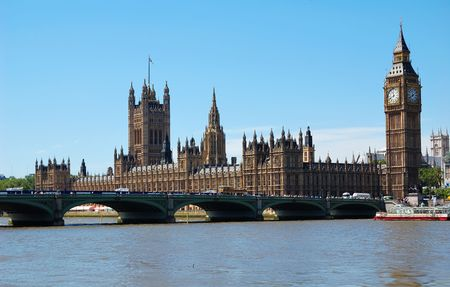 industrial landscape: Il Big Ben, le Houses of Parliament e Westminster Bridge in una giornata limpida