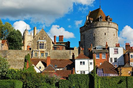 nebulous: Windsor castle above the town houses