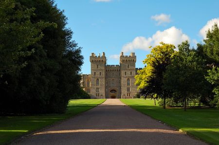 windsor: The gates of Windsor Castle and the road known as Long Walk Stock Photo