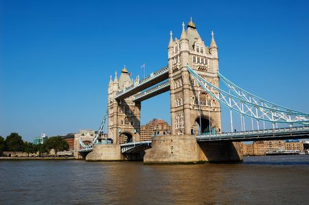 cloudless: The Tower Bridge over the river Thames