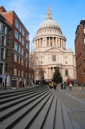 clear day: St Paul Cathedral in London in a beautiful clear day Stock Photo